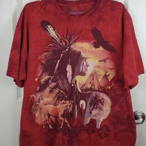 The mountain graphic tee size XL